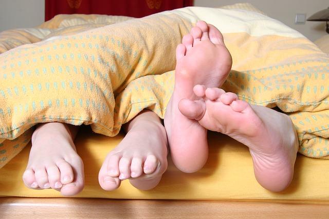 Co bychom rozhodně neměly říkat partnerovi v posteli