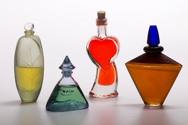 Jak správně nanášet parfém