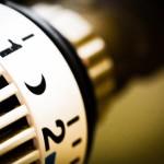 7 nápadů, jak ušetřit za topení a přitom být doma v teple