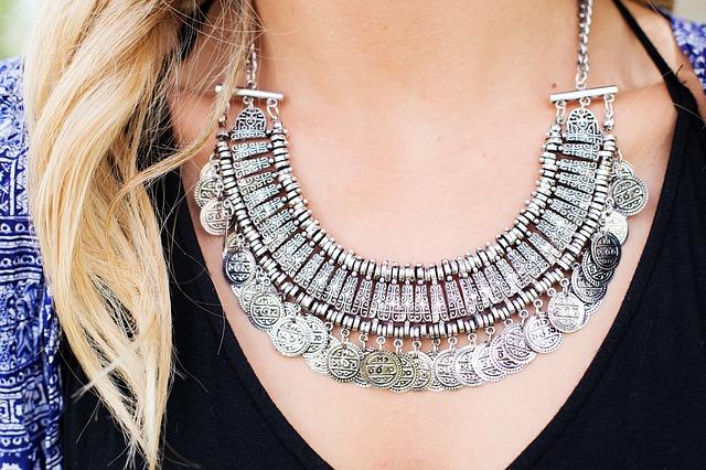 Krásné šperky, které vás zaujmou a dodají vám šmrnc