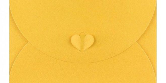 Psaní v nádherné barevné obálce potěší děti i dospělé