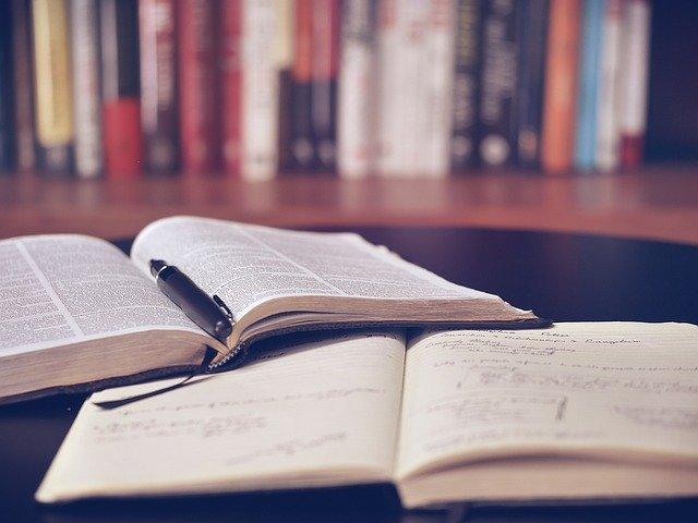 Nechte si pomoct s psaním diplomové práce